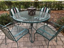 : ) Wrought Iron Patio Furniture Set. in St. Charles, Illinois