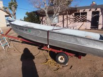 boat with trailer in Yucca Valley, California