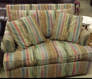 Pull out loveseat in Quantico, Virginia