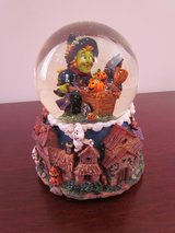 Halloween Snowglobe in Bartlett, Illinois
