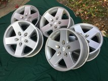 """Set of 5 Jeep 17"""" Alloy Wheels in Glendale Heights, Illinois"""