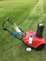 TORO POWER CLEAR 221WITH MANUAL READY TO WORK in Yorkville, Illinois