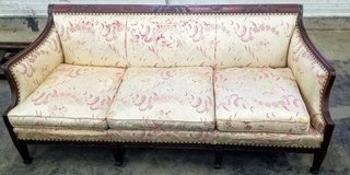 REDUCED Vintage couch in Peoria, Illinois