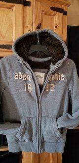 Boys Extra Large Abercrombie fur-lined jacket - Clean - Excellant Condition in Kingwood, Texas