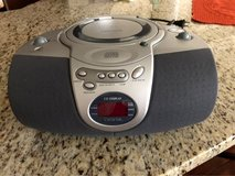 Lenox Sound CD Player-AM/FM Radio in Lockport, Illinois