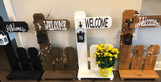 Handmade welcome stands in Fort Rucker, Alabama