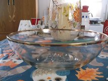 large salad/ punch bowl in Alamogordo, New Mexico
