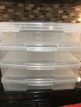 STACKABLE PLASTIC STORAGE BINS (4) in Pasadena, Texas