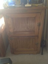 Antique Icebox in Glendale Heights, Illinois