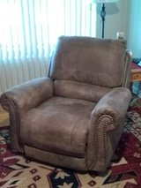 2 Recliners in Lawton, Oklahoma