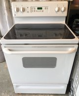 GE glass top electric range, 4 burner. Works perfectly! in Oswego, Illinois