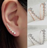 Modern Gold And Silver Plated 7 Diamond Crystals Ear Hook Studs Set in Fairfax, Virginia