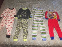 Lot - 3T Clothing in Ottumwa, Iowa