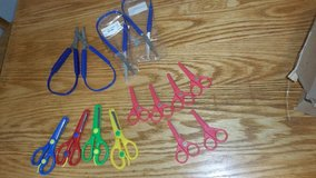 kids scissor sets (3) in Orland Park, Illinois