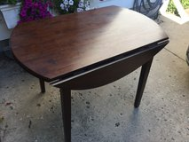 SMALL DROP LEAF TABLE in Algonquin, Illinois