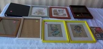 Frames-Pictures - Box 22 in Alamogordo, New Mexico