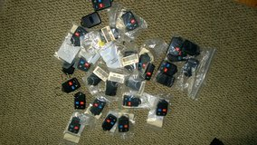 27 NO LOGO OEM ENTRY TRANSMITTERS FOR FORDS - X LISTED in Tinley Park, Illinois