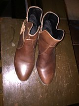 lands end woman ankle boots brown size 9.5 or 41 in Fort Hood, Texas