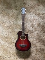 Yamaha APXT2 3/4 size electric acoustic travel guitar in Beaufort, South Carolina