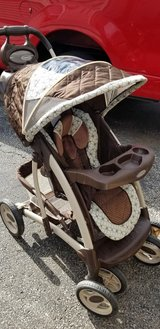Stroller in Aurora, Illinois