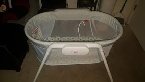FISHER PRICE BASSINET in Beaufort, South Carolina