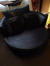 black swivel cuddle chair, in excellent condition. no holds, no offers! in Lakenheath, UK