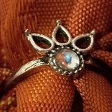 $4.00 Ladies Size 7 Silver Tone Ring - Clear Bling Center Round Stone NEW NEW, - EXcellent Condi... in Leesville, Louisiana