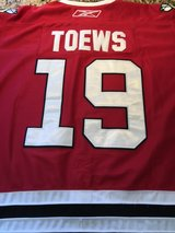 : )    Blackhawks Toews Jersey.  Adult. in Glendale Heights, Illinois