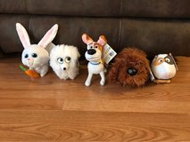 The Secret Life Of Pets Lot Of 5 Toys in Chicago, Illinois
