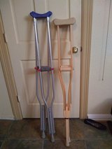 Crutches in Kingwood, Texas