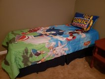 Twin bed set, sonic the hedgehog in Byron, Georgia
