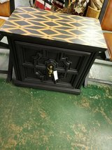 Vintage end table in Schaumburg, Illinois