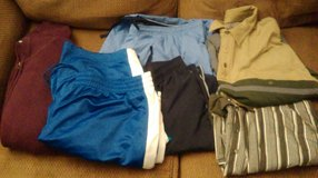 Men XXL Lot Like New in Aurora, Illinois