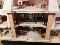 Dollhouse with furniture in Bartlett, Illinois