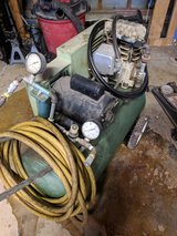Air Compressor in St. Charles, Illinois