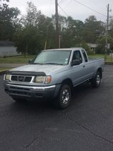 2000 NISSAN FRONTIER 3000 FIRM in Fort Rucker, Alabama