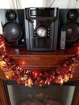 5 disk CD player with remote in The Woodlands, Texas