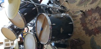 Complete Apollo Drum Set with Cymbals in Oceanside, California