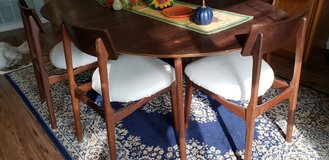 Mid Century Modern Dining Table in Camp Pendleton, California