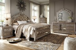 Bedroom 7 items Sets ASHLEY Bed queen size mattress nighstand dresser/mirror vanity and stool in Okinawa, Japan