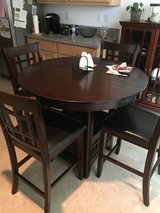 Dining set in Fairfield, California