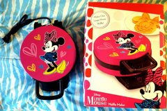 Minnie Mouse Waffle Maker NEW in Open Box in Ruidoso, New Mexico