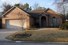 Beautiful 3/2/2 with Study in Kingwood, Texas