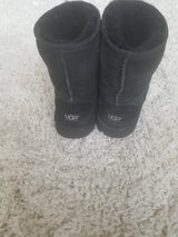Ugg Boots - Youth Size 3 in Lockport, Illinois