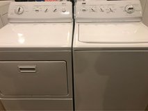 Beautiful Kenmore washer and dryer electric in Cleveland, Texas