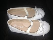 Girls Dress Shoes Size 10 in Joliet, Illinois