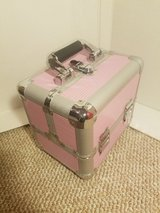 Caboodle case pink in Plainfield, Illinois