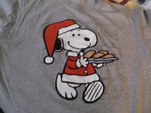 5 snoopy christmas t-shirts size extra large in Alamogordo, New Mexico