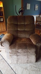 Electric Lift/Recliner in Westmont, Illinois