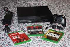 Xbox One 500GB w/3 Games in Tinley Park, Illinois
